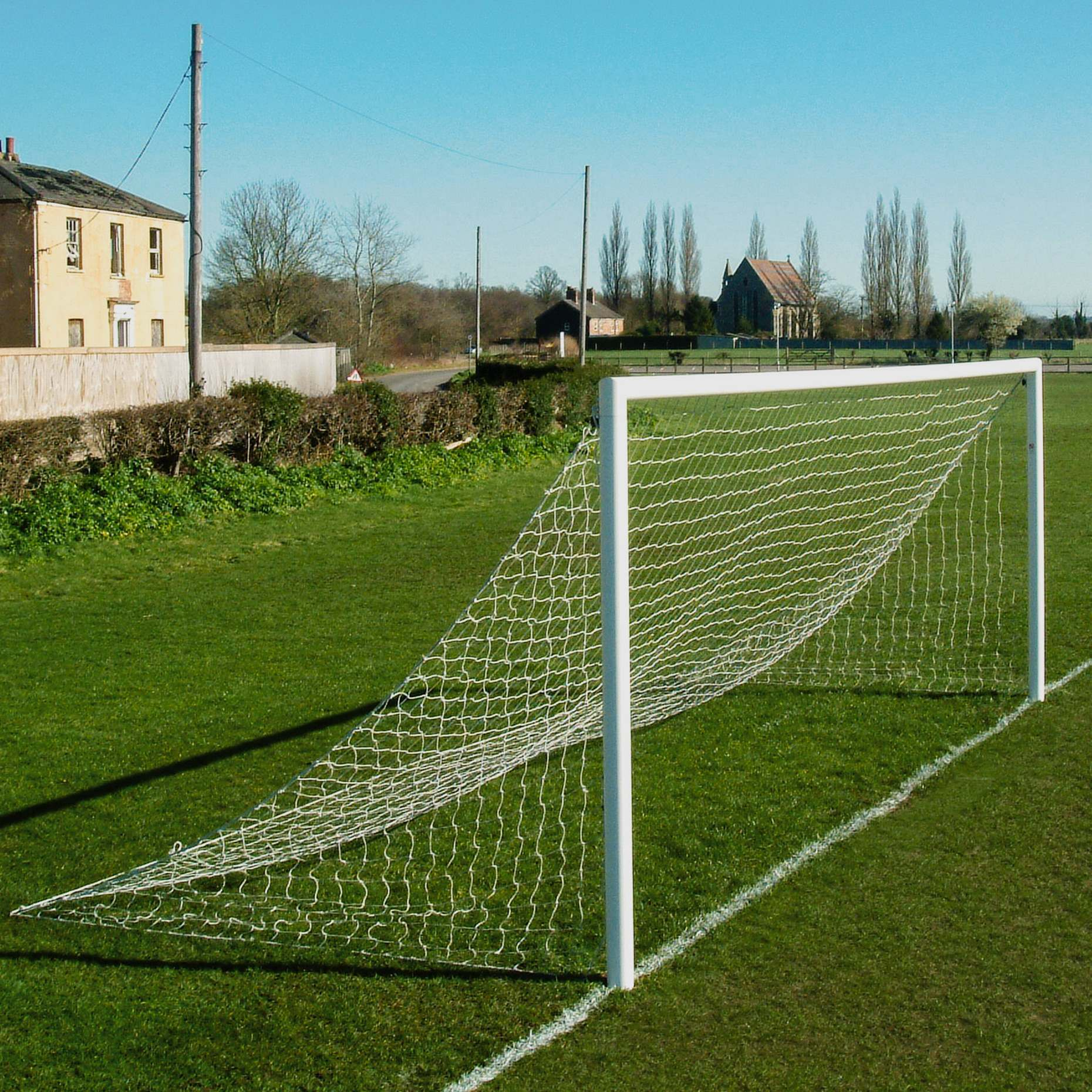 Striped Two Colour Straight Back Football Nets Net